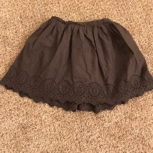 Gap kids size 4T dark gray skirt
